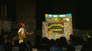 JPB mostra programação do Festival de Inverno - Ontem teve peça teatral na Praça da Bandeira