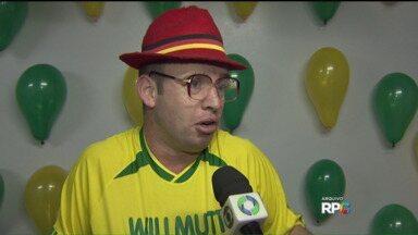 Corpo de humorista Willmutt é velado em Marechal Cândido Rondon - Acidente aconteceu perto da cidade de Aporé, em Goiás.