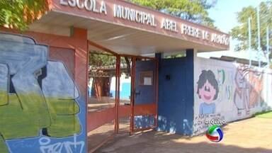 Greve dos professores da rede municipal de ensino chega ao 77º dia - Doutora em educação, Ângela Costa, comenta os prejuízos causados aos alunos da capital