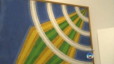 Novo espaço cultural é inaugurado em Jundiaí - Um novo espaço foi inaugurado em Jundiaí: a Casa das Letras e Artes. O local vai servir as academias de letras e também as associações culturais. O espaço pode ser usado para reuniões e encontros e conta com biblioteca.