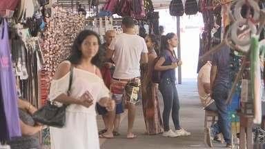 No Amapá, 60% dos microempreendedores individuais estão devendo impostos - Setenta por cento dos microempreendedores individuais estão devendo impostos, e se não se regularizarem terão problemas para se aposentar. O motivo da inadimplência: a crise econômica.