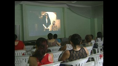 Paróquia São Francisco de Assis exibe filme Irmã Dulce dos Pobres em Santarém - Filme está sendo exibido em várias paróquias do município.