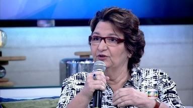 Oneomania! Confira os sintomas de quem tem compulsão por compras - Psiquiatra Fátima Vasconcellos diz que a pessoa e a família sofrem com a doença