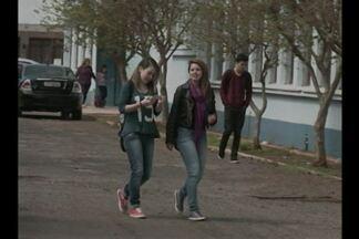 Semana inicia com volta às aulas nas escolas estaduais - Paralização de três dias foi um protesto contra o parcelamento dos salários dos servidores.