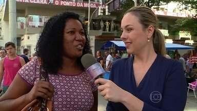 Larissa Bitencourt vai às ruas conferir se as mulheres compram em excesso - Aposentada tem oito portas de armário e marido apenas uma