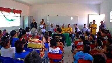 Programa de prevenção às drogas é desenvolvido com crianças e jovens - Programa de prevenção às drogas é desenvolvido com crianças e jovens