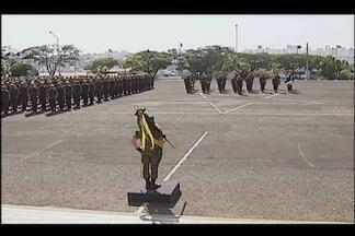 Exército comemora dia do soldado com homenagens em Uberlândia - Cerimônia foi realizada no 36º Batalhão de Infantaria Motorizada.