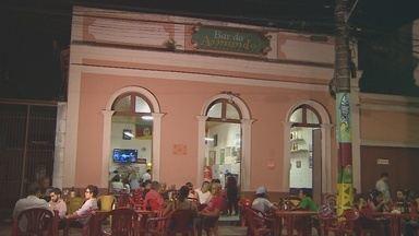 Bar do Armando é oficializado como patrimônio cultural do AM - Bar é um dos mais tradicionais de Manaus e atraiu turistas durante Copa do Mundo.