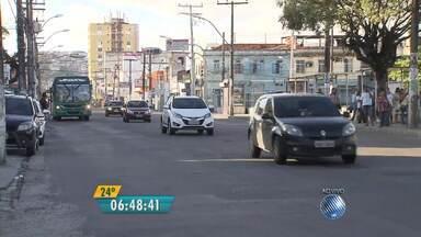 Veja imagens do trânsito na avenida Fernandes da Cunha - Confira no Radar do JM.