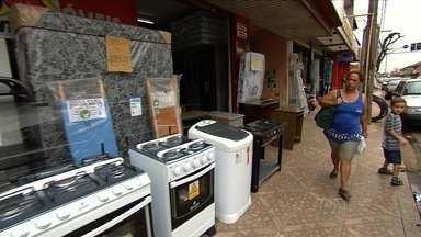 Repórter JA mostra a realidade dos bairros de Goiânia - Primeiro setor a receber o Repórter JA é o Jardim Nova Esperança. Novo quadro do Jornal Anhanguera procura conhecer a realidade dos moradores.