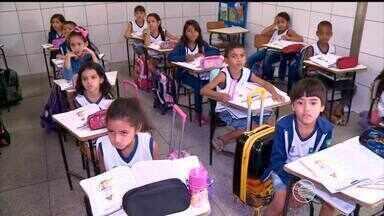 Escolas públicas de Teresina sofrem com falta de estrutura e prejudicam aprendizado - Escolas públicas de Teresina sofrem com falta de estrutura e prejudicam aprendizado