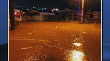 Chuva forte causa acidentes e muitos estragos em diversas cidades no Sul de Minas - Chuva forte causa acidentes e muitos estragos em diversas cidades no Sul de Minas