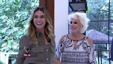 Ana Maria recebe Giovanna Antonelli para tomar café da manhã - Atriz diz que quer compartilhar o Louro José e ele se derrete