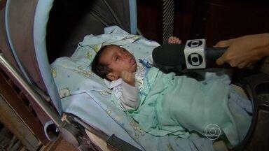 Poeira de obra parada na PE-17 afeta saúde de bebê em Jaboatão - Nenem de dois meses chegou a ser socorrido.