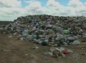 Maioria dos municípios de Pernambuco não usa aterros sanitários, diz TC de Contas - Levantamento mostra que a maior parte dos 184 municípios - 82,6% - ainda não deposita resíduos em locais adequados.