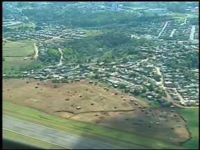 Aumenta o número de invasores no aeroporto de Erechim, RS - Liminar da justiça garante reintegração de posse ao estado.