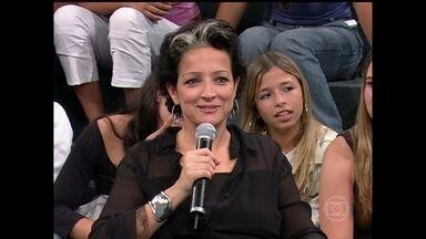 Serginho Groisman presta homenagem à Betty Lago - Apresentador relembra as participações da atriz no 'Altas Horas'