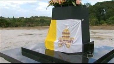 Lançada pedra fundamental de nova unidade da Fazenda Esperança - Fazenda que desenvolve trabalho de recuperação de dependentes químicos será construída em Jaboatão dos Guararapes.