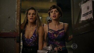 Josy, Marlene, Noronha e Fran ouvem um tiro vindo do Jurema Hall - Todos correm para dentro do clube