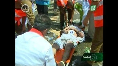 Mais de 700 pessoas morrem pisoteadas durante peregrinação a Meca - Pelo menos 717 pessoas morreram pisoteadas e 805 ficaram feridas numa confusão durante a peregrinação anual a Meca, na Arábia Saudita.