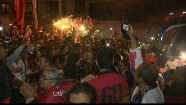 Torcida do Campinense faz festa na saída do clube para o mata-mata da Série D - Time vai jogar no domingo contra o Operário, pelas oitavas de final da quarta divisão