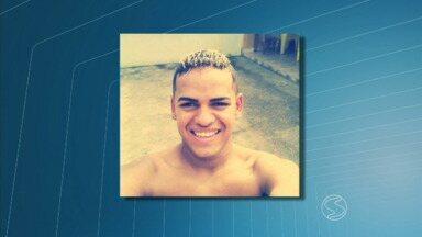 Jovem atira em ex-namorada e se mata em Resende, RJ - Crime aconteceu na Rua das Pitangas, no distrito de Engenheiro Passos. Rapaz não aceitava término do namoro, diz Polícia Militar.