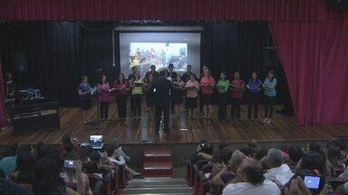 Corais fazem apresentação em teatro de Porto Velho - Cerca de 15 corais participaram do evento.