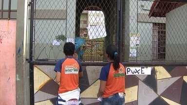 Servidores municipais de Belo Horizonte entram em greve - Os servidores da educação já estão paralisados a partir desta quarta-feira. E as outras categorias da administração pública entram em greve a partir da segunda-feira. Eles rejeitaram a proposta da prefeitura de reajuste salarial de 2,8% a partir de 2016.