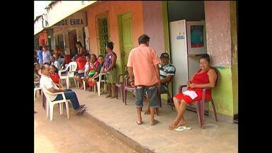 Idosos reclamam de filas e falta de dinheiro em correspondente bancário de Mojuí - Segundo eles, problema acorre com frequência na cidade.