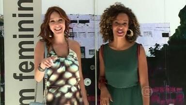 Vídeo Show mostra visual glamuroso de Ximena, em 'I Love Paraisópolis' - Aline Prado conversa com Carol Abras e caracterizador da novela