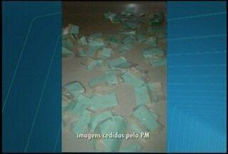 PM apreende menor com bomba caseira, pistola e drogas em Nova Friburgo, no RJ - Caso é investigado pela Delegacia de Nova Friburgo.
