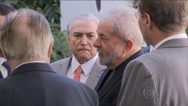"""STF autoriza depoimento de Lula nas investigações da Lava Jato - No despacho, Teori Zavascki autorizou a ouvir o ex-presidente como """"informante""""."""