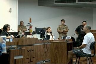 Homem acusado de jogar óleo quente na ex-companheira é condenado - Pena passa dos 20 anos de prisão.