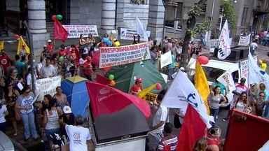 Servidores municipais de Belo Horizonte entram em greve nesta segunda-feira - Segundo a categoria, centros de saúde e escolas estão parados na capital mineira.
