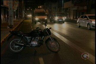 Motoristas e motociclistas estão desrespeitando faixas exclusivas em Petrolina - A Avenida Guararapes está com faixa exclusiva para veículos de transporte coletivo durante o dia e de bicicletas à noite.