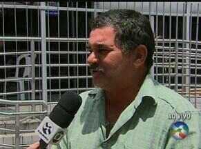 Bancários entram em greve por tempo indeterminado - Equipe de reportagem mostra como está a situação em Caruaru.