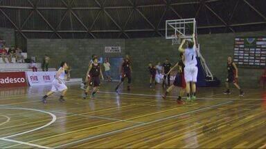 Equipes disputam finais do Brasileiro Sub-17 de basquete em Poços de Caldas (MG) - Equipes disputam finais do Brasileiro Sub-17 de basquete em Poços de Caldas (MG)