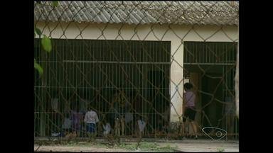 Pais de alunos pedem reforma em escola de Conduru, Sul do ES - A secretaria de Estado da Educação informou que vai enviar uma equipa ao local para fazer um levantamento.