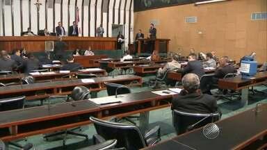 Após mais de 30 horas, deputados aprovam projeto que muda pensão por morte para servidores - Foram 37 votos a favor e 19 contrários.