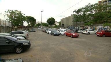 Continua o mistério sobre o assassinato de Geógrafa na Zona Norte do Rio - Priscila Goes foi morta na segunda-feira com sete tiros, num estacionamento em frente à estação do Metrô de Maria da Graça. Polícia busca imagens de câmeras de segurança.