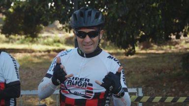 No hospital em Ribeirão Preto, ciclista baleado grava vídeo com mensagem de otimismo - Marco Pinto Corrado, de 57 anos, foi baleado em uma tentativa de assalto em Ribeirão Preto, quando voltava para casa.