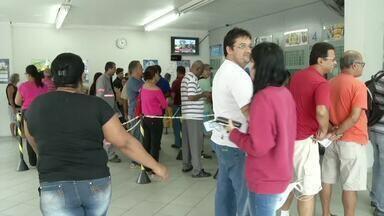 Bancários do Sul do Rio de Janeiro aderem à greve nacional - Sindicato da categoria que representa 16 municípios da região disse que das 117 agências dessas cidades, 56 pararam.
