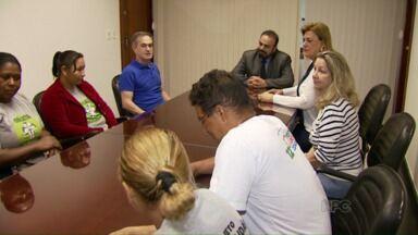 Catadores de recicláveis se reúnem com o prefeito de Foz - Eles pedem melhores condições de trabalho.
