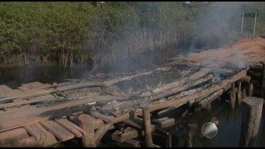 Incêndio destrói ponte que dá acesso a ponto turístico no sul da Bahia - Veja mais informações no Giro de Notícias.