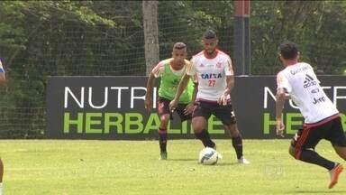 Flamengo fará amistoso para embalar equipe em busca do G-4 no Brasileirão - A 9 rodadas do fim, Rubro-Negro disputa vaga para a Libertadores do ano que vem.