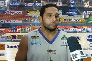 Mogi Basquete encara o Paulistano fora de casa pelas semifinais do Paulista - Este será o terceiro jogo entre as equipes. A série está empatada em 1 a 1.