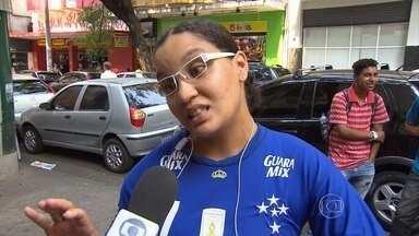 Cruzeiro já se afastou da zona de rebaixamento, e alguns torcedores já falam em G-4 - O time celeste ocupa a 11ª posição do campeonato, e está 8 pontos atrás do Santos, primeira equipe dentro da zona de classificação para a Libertadores