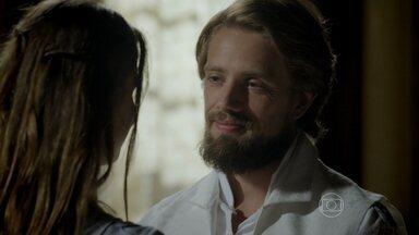 Felipe garante a Lívia que Vitória vai perdoá-los - O Conde promete conversar com a Condessa para explicar por que eles esconderam Bernardo