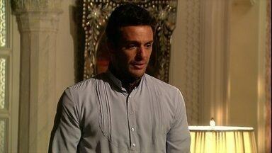 Raj conversa com Opash sobre seu casamento - Ele pergunta ao filho se tudo está indo bem com Maya