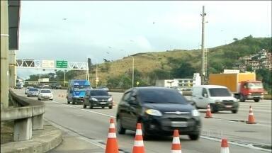 Saída para feriado já movimenta as principais rodovias do país - Operação Finados já está em andamento. Uma das preocupações da Polícia Rodoviária Federal é com o excesso de velocidade.
